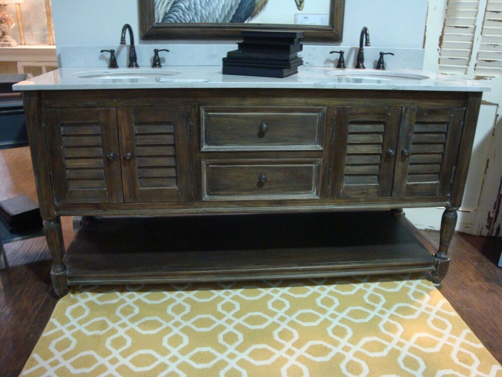 Double Vanity Master Bathroom Marble top w/ Sinks Louvered