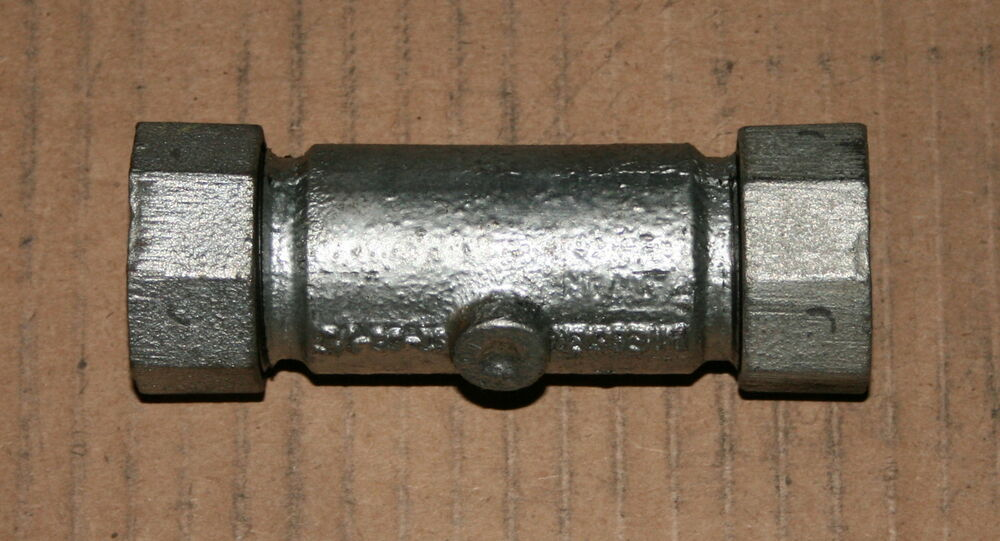 "1/2"" Dresser Galvanized Long Coupling 65-0030 (Lot of 5 ..."