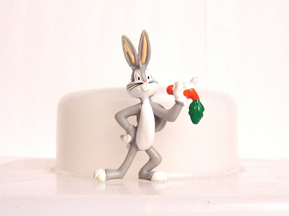 new mini looney tunes bugs bunny fridge locker magnet figure figurine ebay. Black Bedroom Furniture Sets. Home Design Ideas