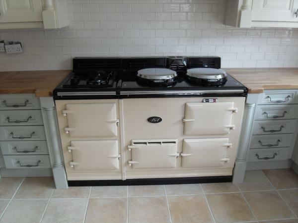 4 oven fully reconditioned gas fired aga cooker with power. Black Bedroom Furniture Sets. Home Design Ideas