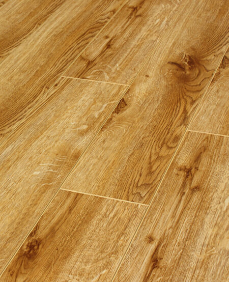 Pallet deals 12mm gloss laminate wood flooring natural oak for Hardwood flooring deals