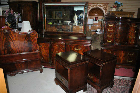 Vintage chinese chippendale flaming mahogany bedroom set for Oriental furniture for sale