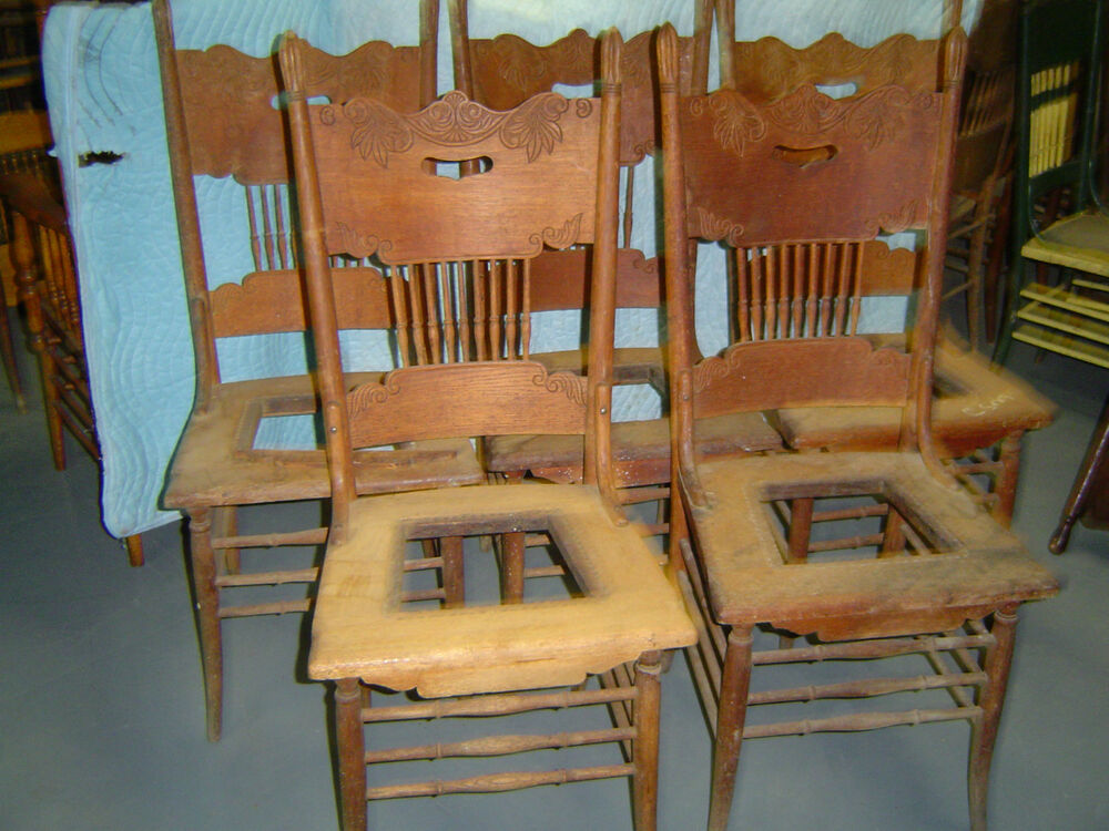 5 Matching Oak Pressed Back Chairs Early 1900 S Ebay