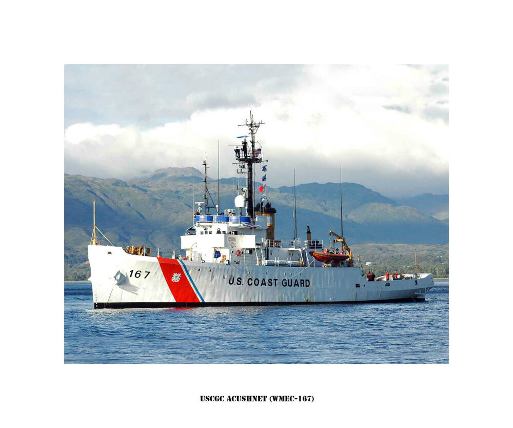 united states coast guard United states coast guard information systems technicians earn $45,000 annually, or $22 per hour, which is equal to the national average for all information systems technicians at $45,000 annually and 30% lower than the national salary average for all working americans.