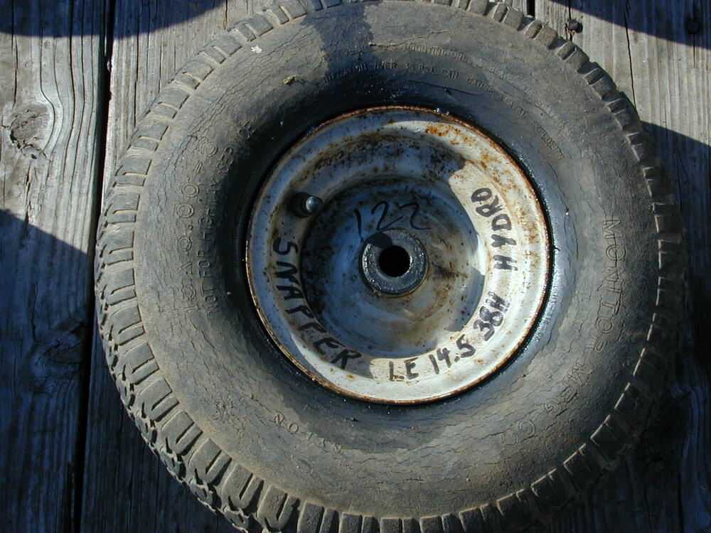 122 Snapper Le Riding Lawn Mower Front Tire Wheel 15 X 6