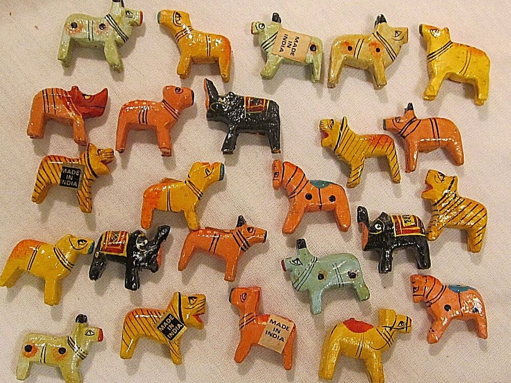 24 VTG BEADS ANIMAL 3-D INDIA WOOD HAND PAINTED JEWELRY