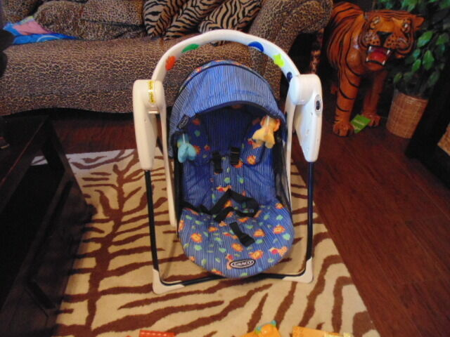 Rare Graco Lite Travel Swing W Lights And Music Ebay