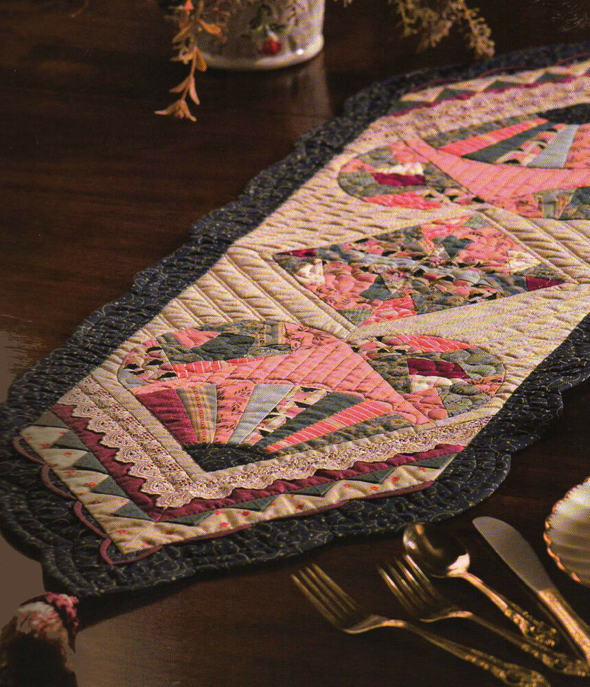 Fast easy patchwork table runners designs for every table for Table design patterns