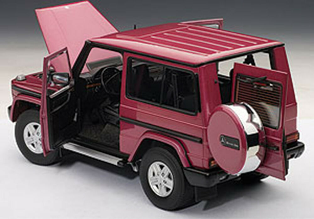 Autoart mercedes benz g model 90 39 s swb red color 1 18 for Best looking mercedes benz models