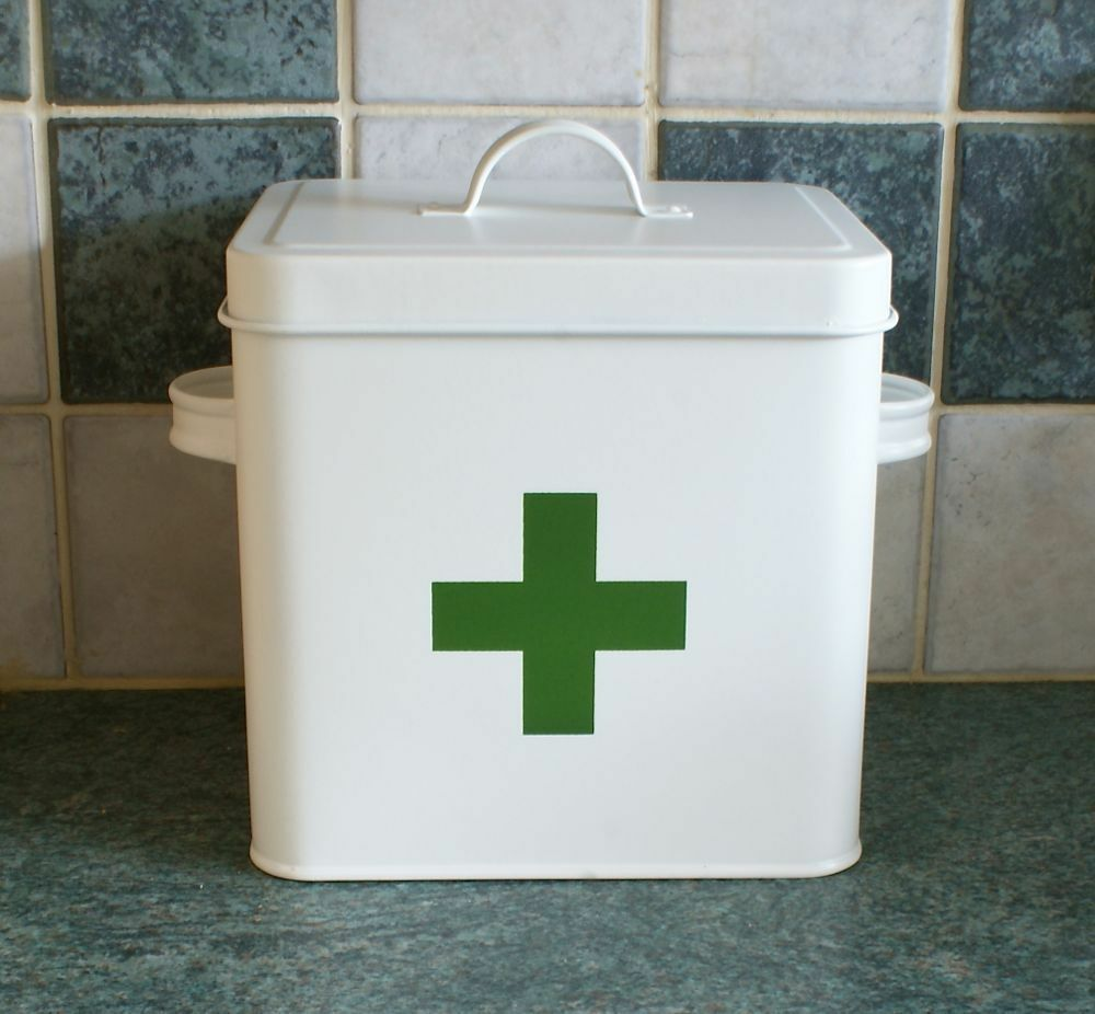 how to make first aid box with shoe box