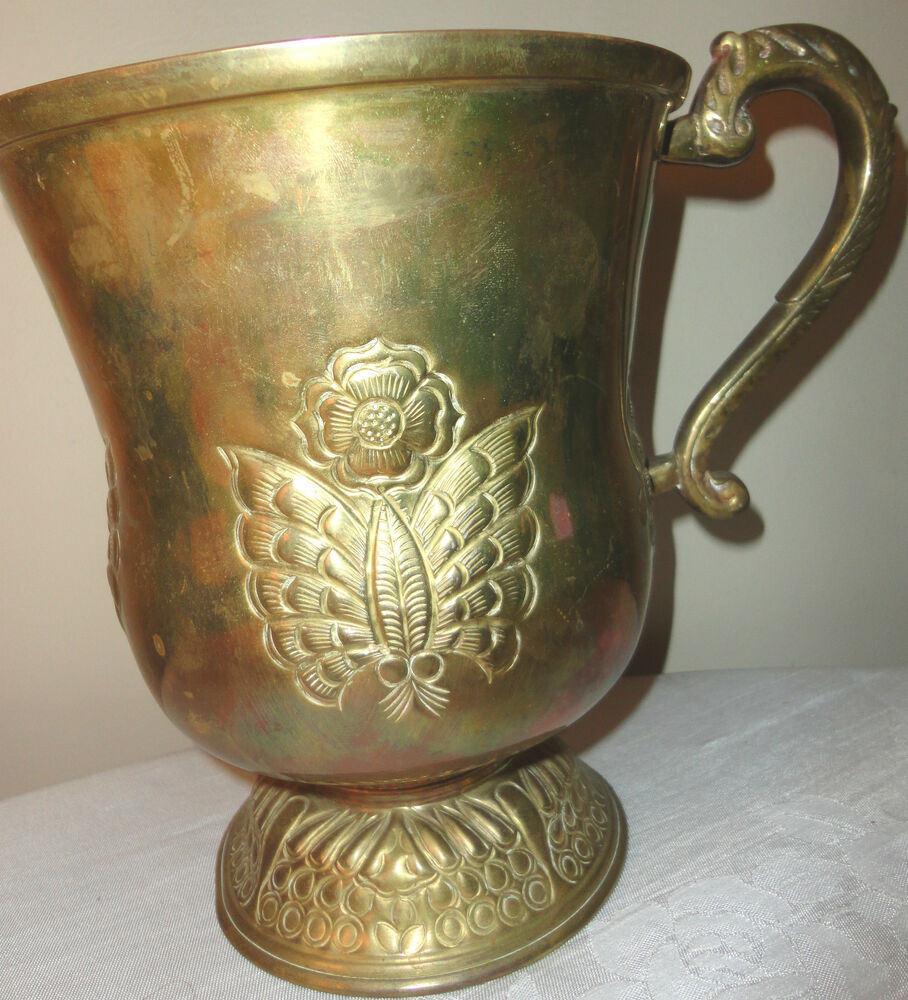 metal brass hand carved large pitcher vase made in india ebay. Black Bedroom Furniture Sets. Home Design Ideas