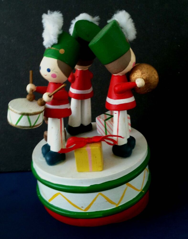 Christmas Toy Box : Napcoware hand painted toy soldier music box we wish you a