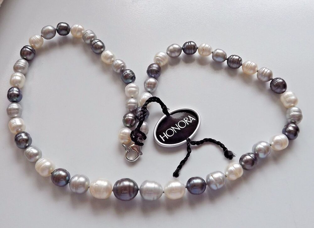 Ringed Pearl Necklace