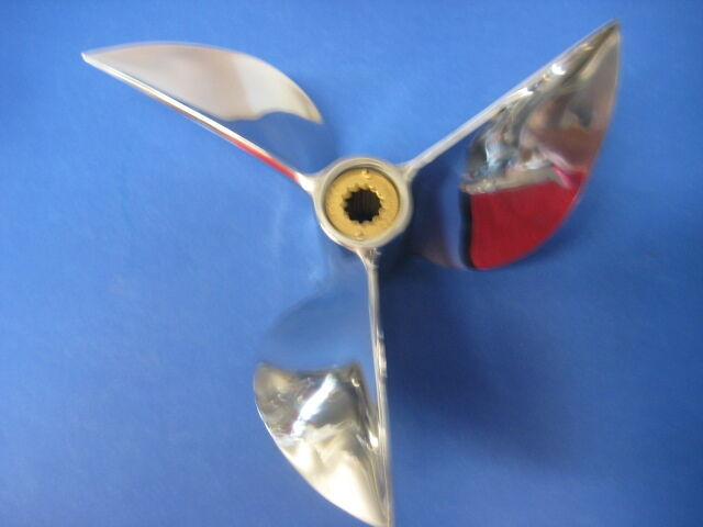 Signature yamaha 40 60 hp outboard cleaver propeller 12 1 for Mercury boat motor props