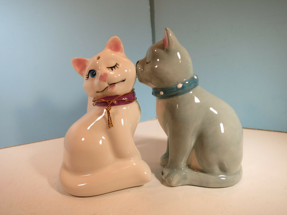 Salt Pepper Shakers Mwah White Gray Cats By Westland