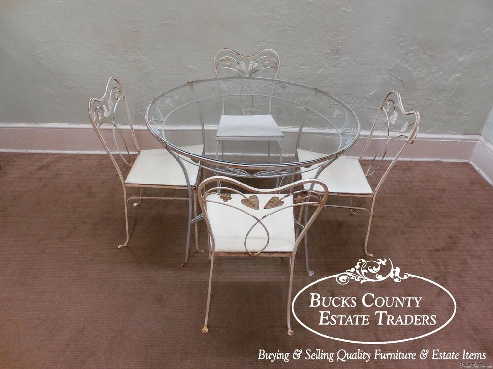 Vintage wrought iron round glass top patio table chair for Round glass dining table set