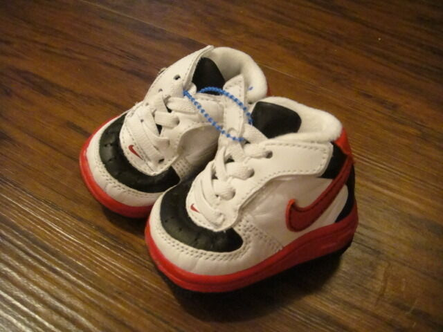 NEW NIKE 0 BLACK RED WHITE BABY INFANT SHOES BOYS | eBay