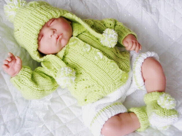 Knitting Patterns For Baby Annabell Free : DOLLS KNITTING PATTERN CARDIGAN SET FOR 17-19