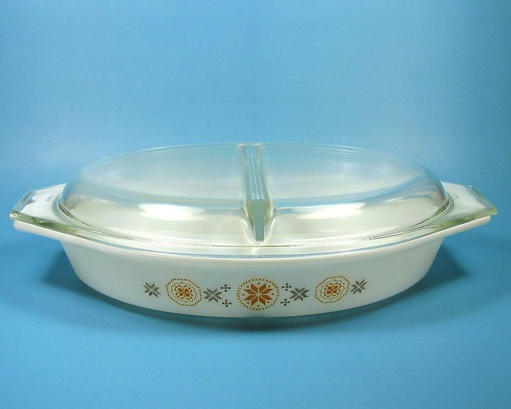 pyrex town country 1 5 quart qt divided oval covered casserole dish lid usa ebay. Black Bedroom Furniture Sets. Home Design Ideas