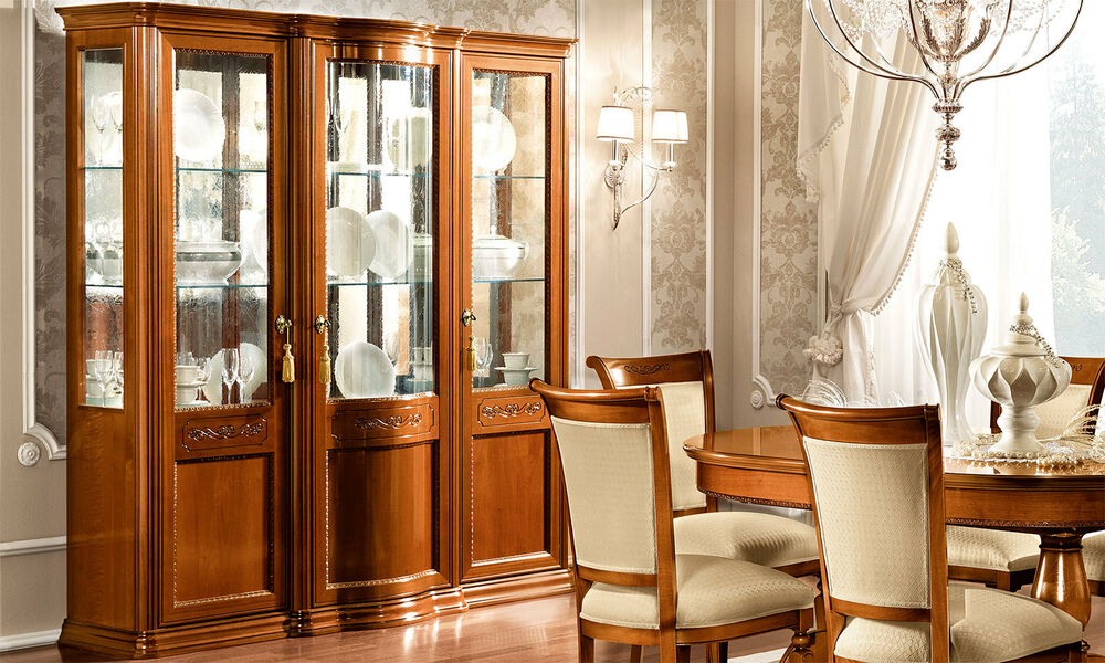 exklusive vitrine glastorriani day nussbaum furnier klassische m bel aus italien ebay. Black Bedroom Furniture Sets. Home Design Ideas