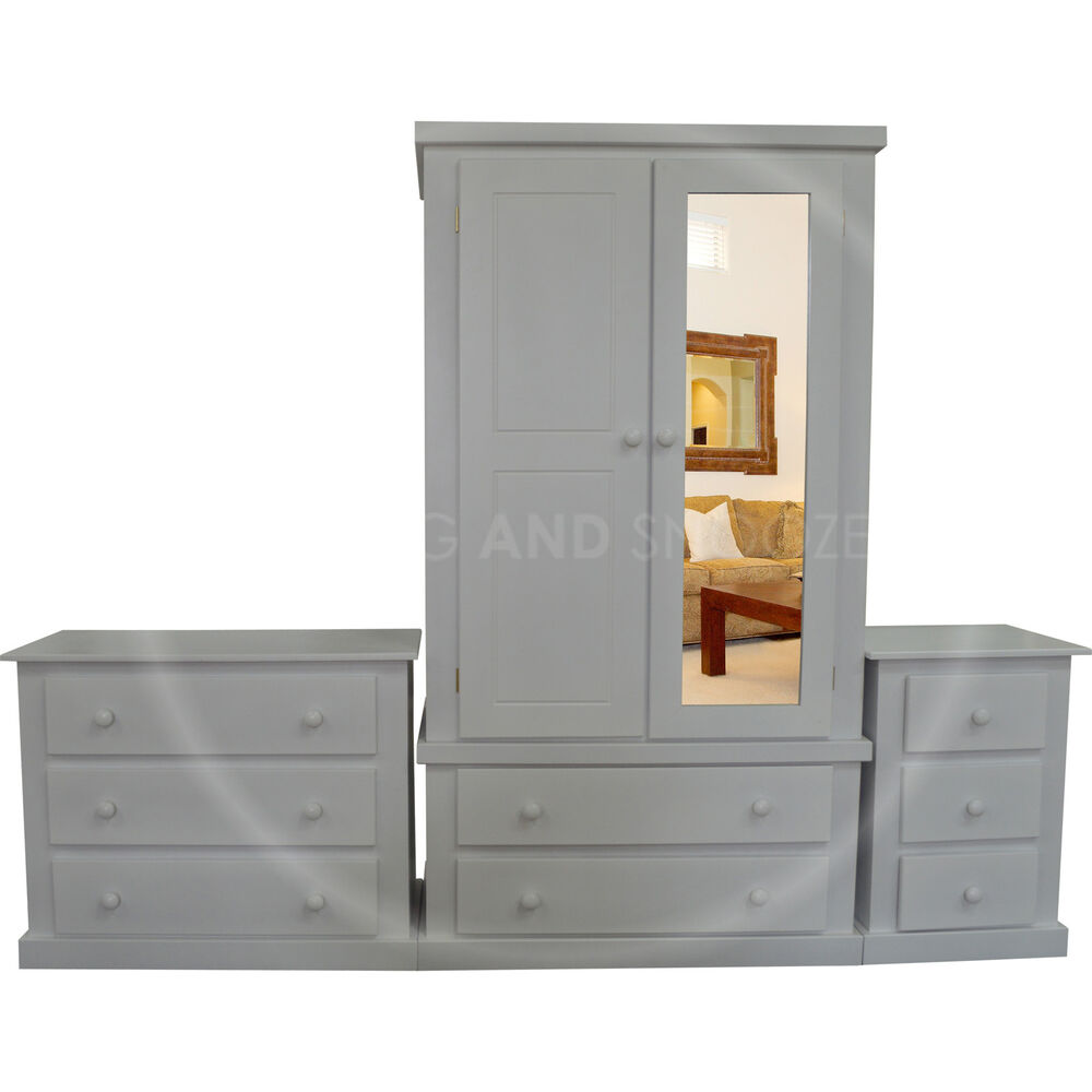 HAND MADE DEWSBURY FURNITURE 3 PIECE MIRRORED BEDROOM SET GREY