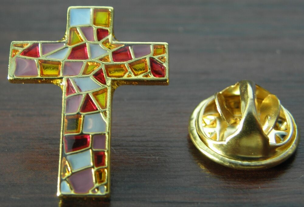 stained glass effect holy cross lapel pin badge religious christian brooch ebay. Black Bedroom Furniture Sets. Home Design Ideas