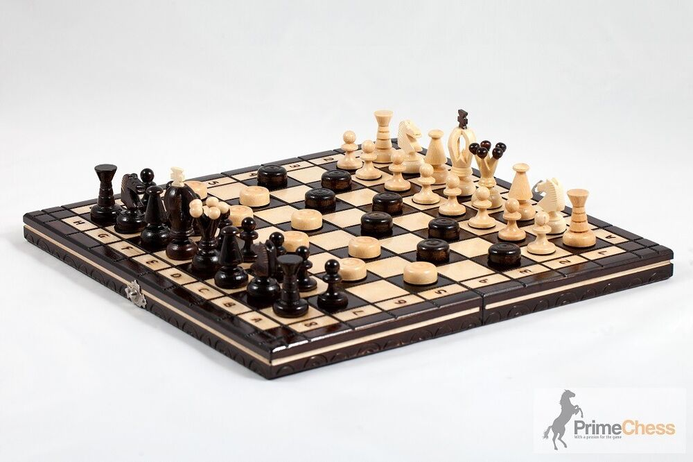 Brand new hand crafted cherry wooden chess set 35cm x 35cm for Hand crafted chess set