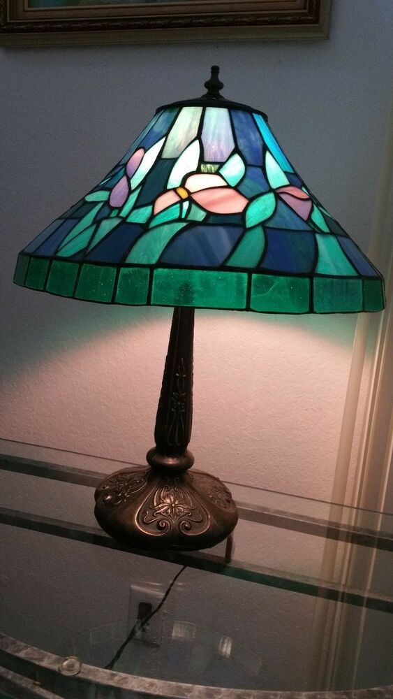 Used tiffany ceiling lights : Meyda tiffany lamps excellent condition