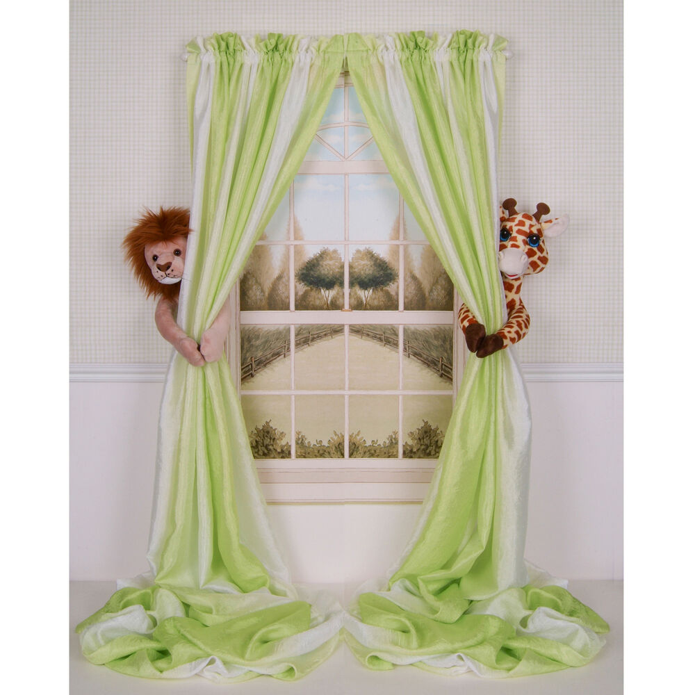 Curtain critters baby nursery jungle safari lion giraffe for Advanced molding and decoration s a de c v
