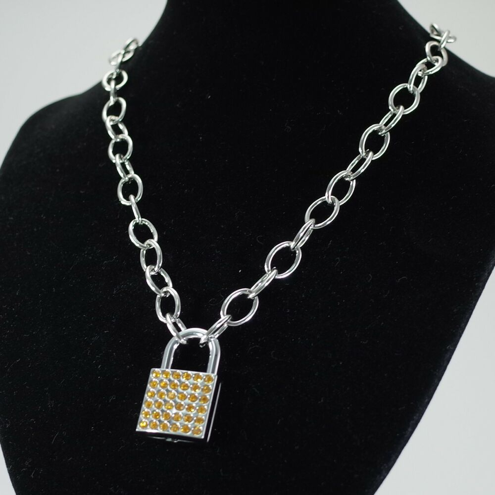 Lock Pendant Charm Oval Link Chain Necklace 19 Quot Long