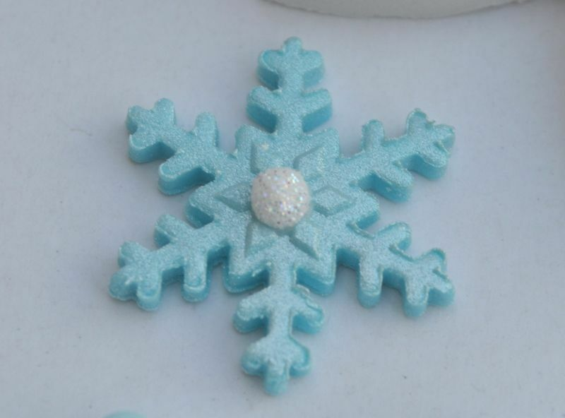 24 disney frozen edible snowflakes cake toppers snowflake for How to make edible cake decorations at home