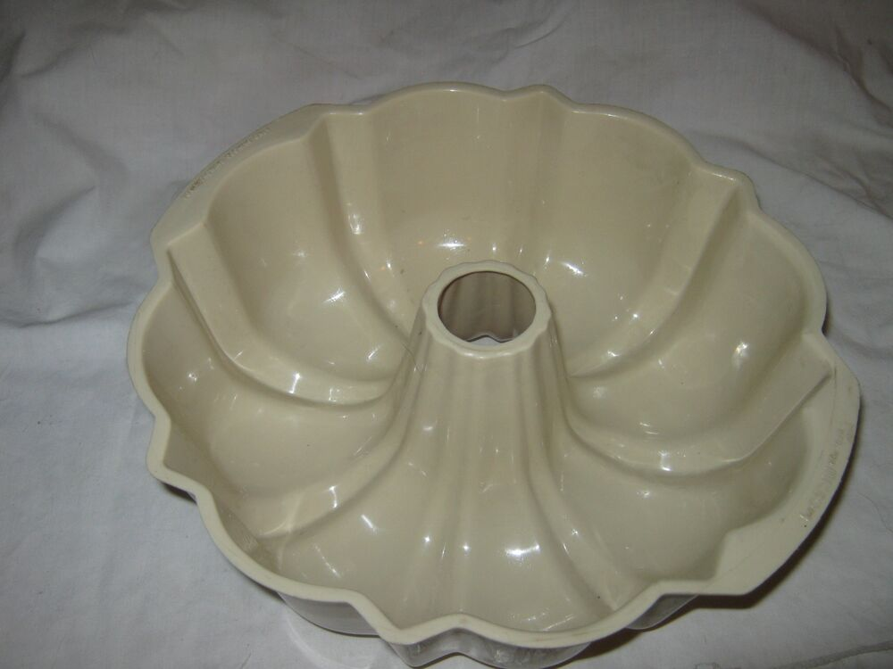 retro jello mold baking bundt cake pan ebay. Black Bedroom Furniture Sets. Home Design Ideas