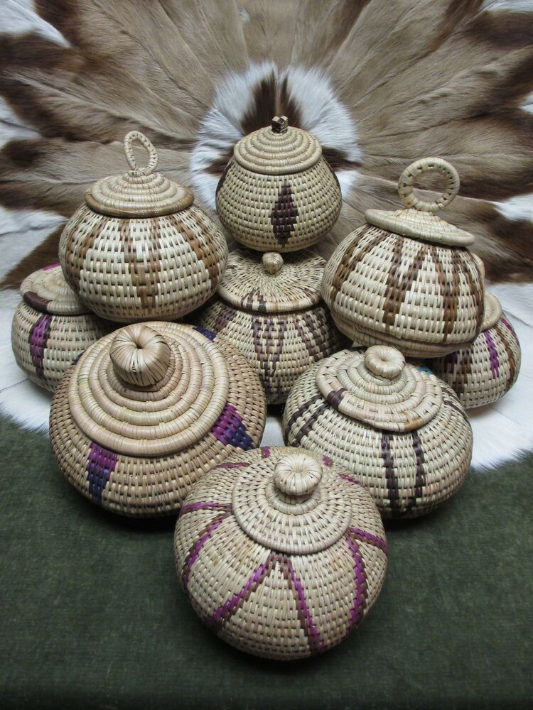 traditional african zulu woven basket with lid various designs select one ebay. Black Bedroom Furniture Sets. Home Design Ideas