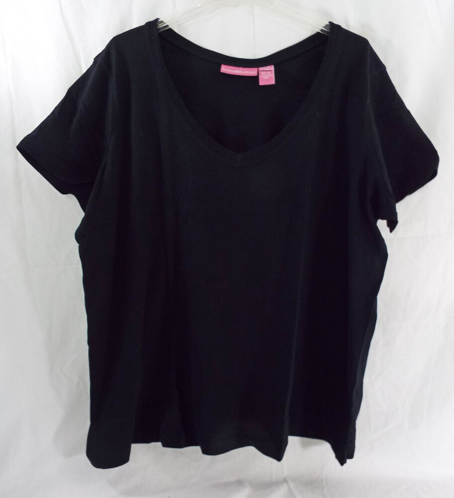 Women 39 s plus size closer fit t shirt v neck black combed Relaxed fit women s v neck t shirt