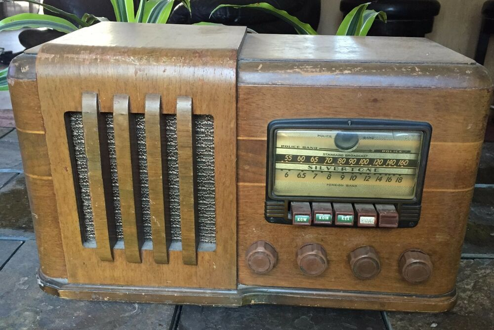 Vintage Radio Schematics additionally Capehart Tube Radio Record Player Vintage Antique Time Left together with 1938 Elgin Twin 20 Model 502 besides Silv6320 further 80717 Rare Vintage Sears Roebuck Radiorecord Console. on sears and roebuck silvertone radio