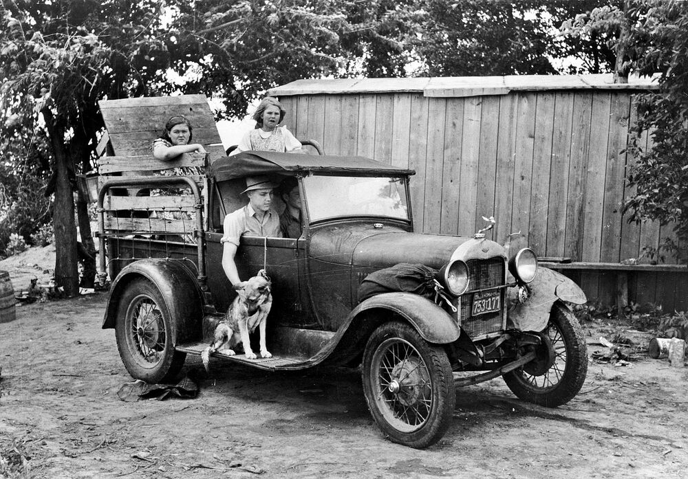 Vintage Old Ford Model A Truck photo Farm truck 1930s ...