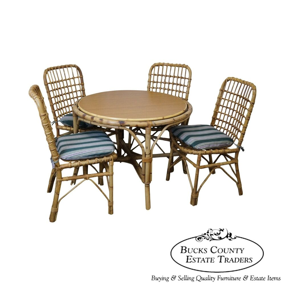 Vintage Rattan Bamboo Round Patio Sunroom Dining Table