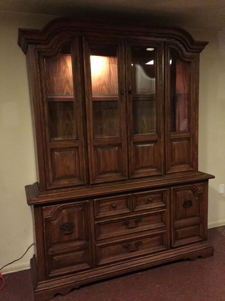 Solid Oak Vintage China Cabinet Hutch Great Condition