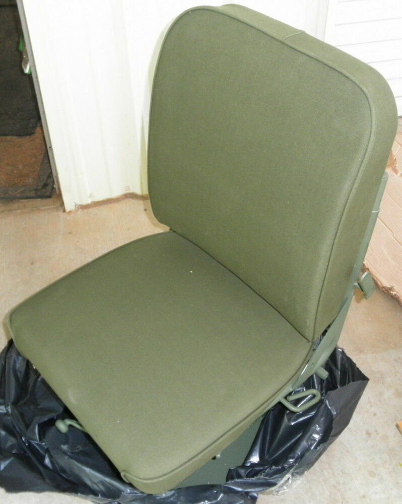 Seat with Suspension M939 5T Truck Semi 18 Wheeler