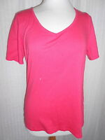 Ladies size 12 red rounded v-neckline short sleeved T-shirt (R35.53)