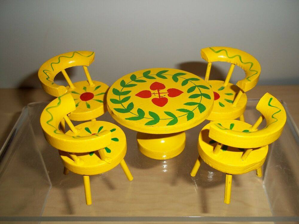 Vintage dollhouse miniature yellow painted kitchen table for Painted kitchen chairs