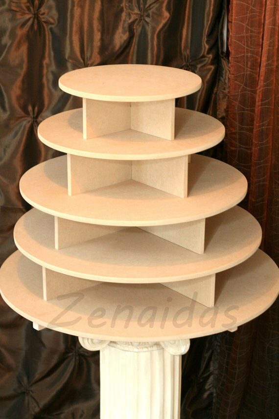 How To Make A Spiral Cake Stand