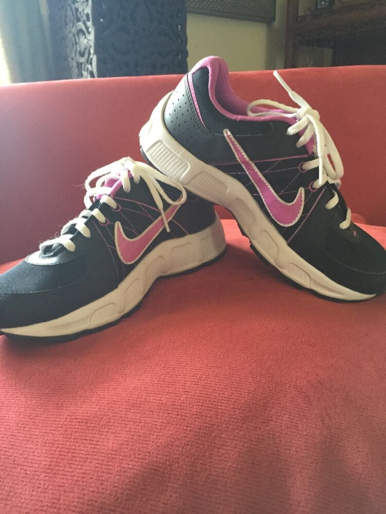 purple black and white nike shoes size 4 5 new ebay