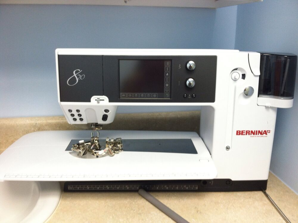 820 Bernina Sewing Machine With Accessories 628586213227
