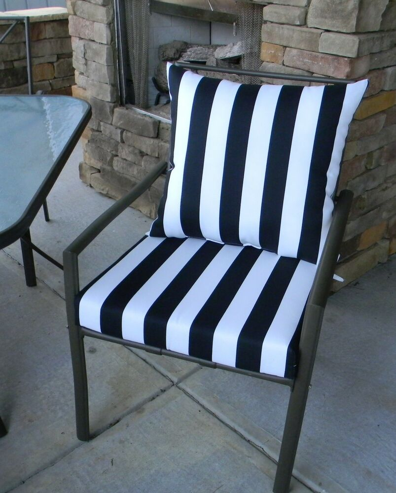 S for Where to find outdoor furniture
