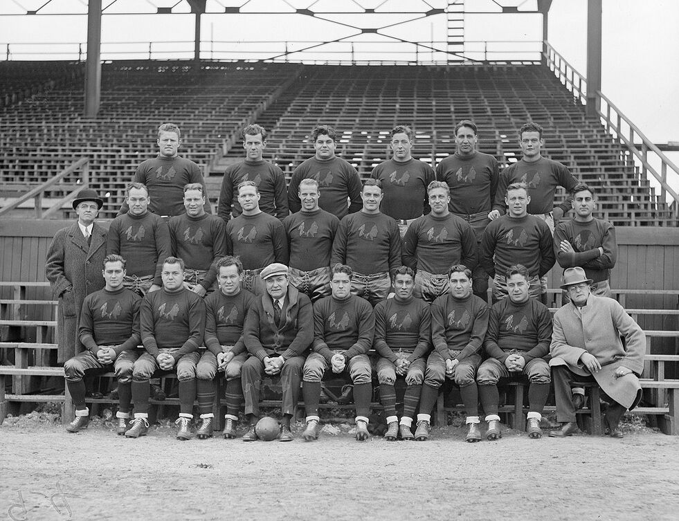 1930'S BOSTON BRUINS {REDSKINS} TEAM PHOTO NICE PIECE OF ...