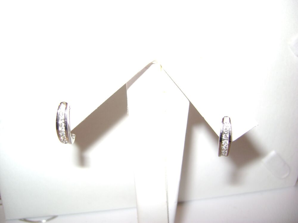 14 karat white gold earrings post back with 0 20ct