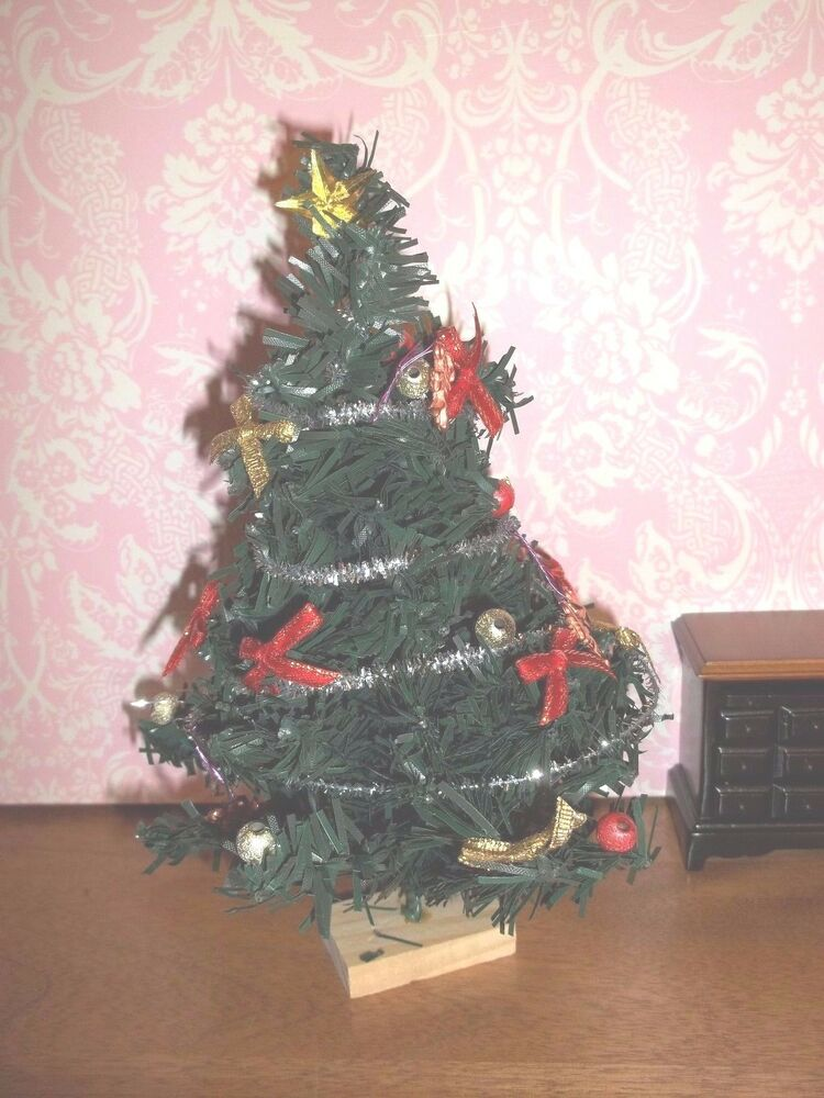 Decorated christmas tree doll house miniature ebay for Miniature tree decorated with sea shells