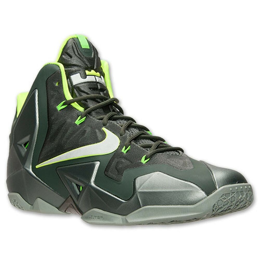 Buy Latest Nike Shoes Online