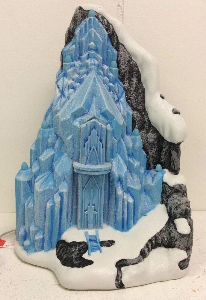 Disney Christmas Village Dept 56